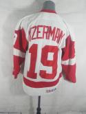 Steve Yzerman Detroit Red Wings Mens M CCM Sewn Home Jersey VTG Air Knit NHL 90s