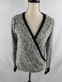Abercrombie & Fitch Womens XS Gray Black Boucle V Neck Knit Top Long Sleeve NWT