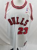 VTG Michael Jordan Nike 1984 Mens XL 8403 Away White NBA Chicago Bulls Jersey